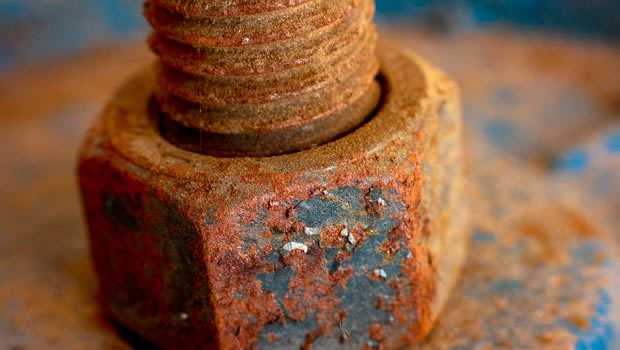 rusted-nuts